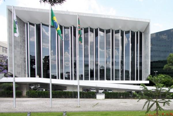 Assembléia reabre no dia 2, com a presença do governador.