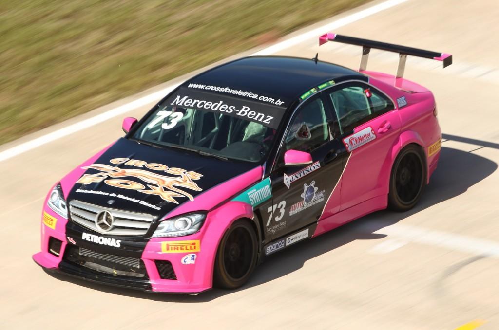 A Mercedes C250 Turbo é uma das atrações no AIC, neste fim de semana.