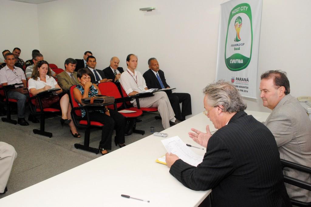 A primeira rodada abordou a questão do turismo. (Foto: Osvaldo Ribeiro/AEN)