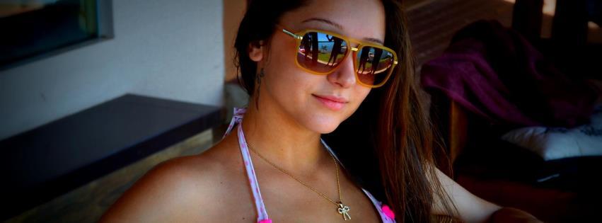 Karen foi Rainha das Piscinas e vice em concurso de miss em Beltrão.