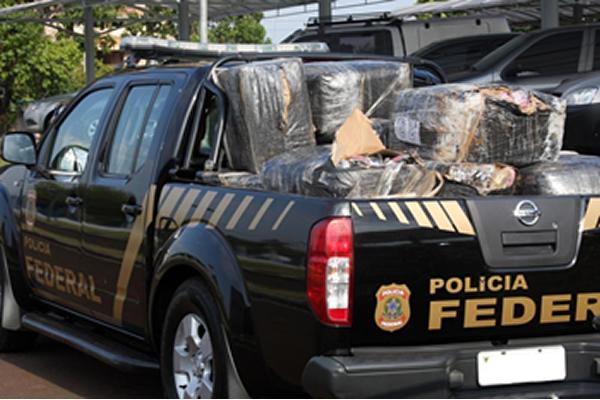 Vários veículos da PF foram usados para o transporte das mercadorias. (Foto: PF)