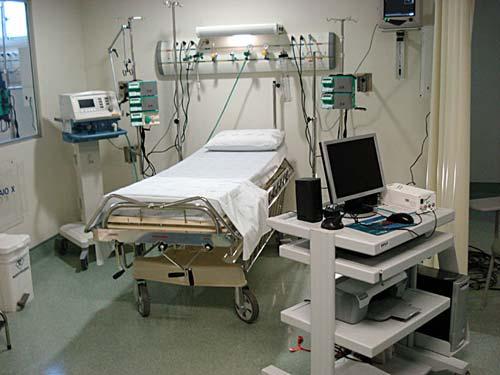 Os equipamentos da UTI seriam de propriedade da médica.